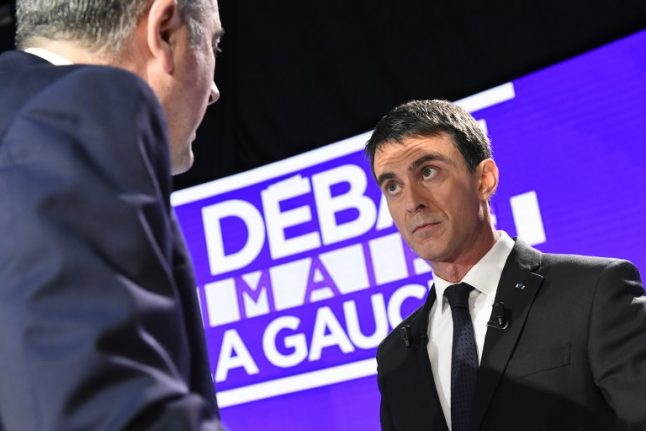 Presidential hopeful Valls slammed by rivals over migrant policy