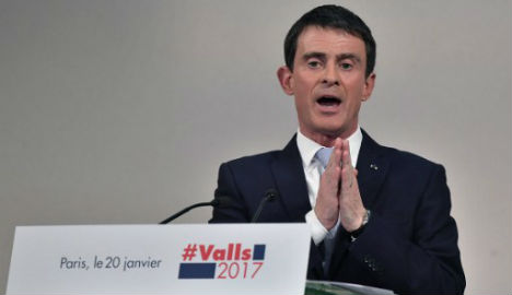 French Socialists vote for presidential candidate
