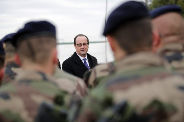 Hollande in Iraq: Fighting Isis stops terror at home