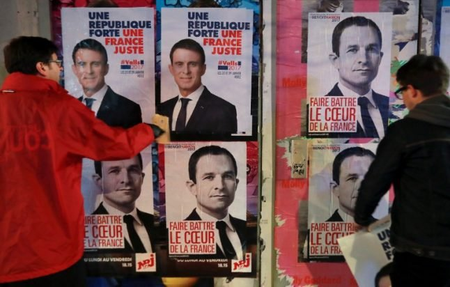 Beleaguered French Socialists hope to stir interest with first face off