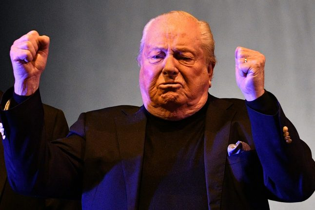 Jean-Marie Le Pen charged over apparent anti-Semitic pun