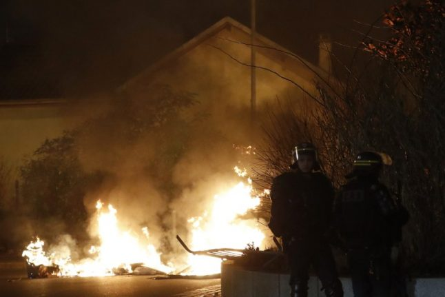Eleven arrested as tensions flare again in Paris suburbs