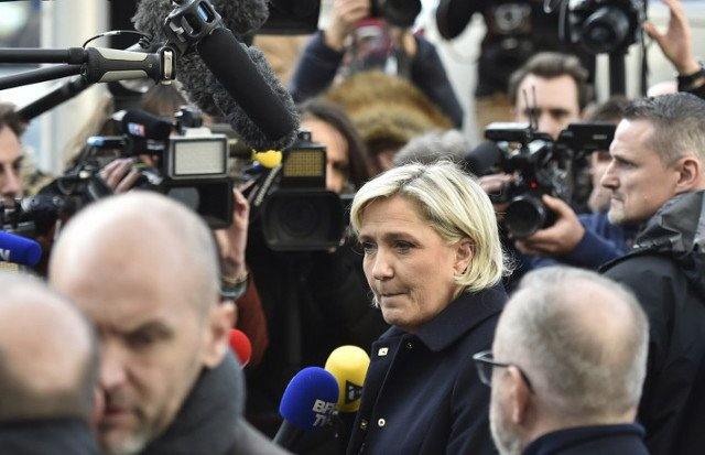 Marine Le Pen refuses to face police grilling in fake jobs probe