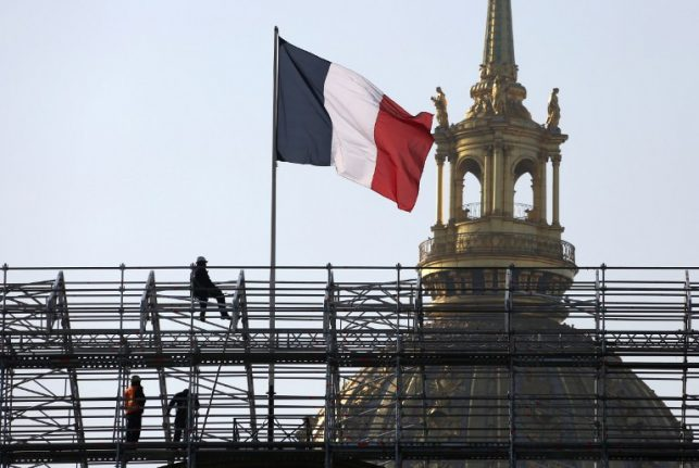 Can France really force foreign labourers to speak français?