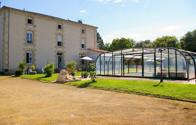 French Property of the Week - 'Amazing' 7 bedroom house near Charente (with a pool)