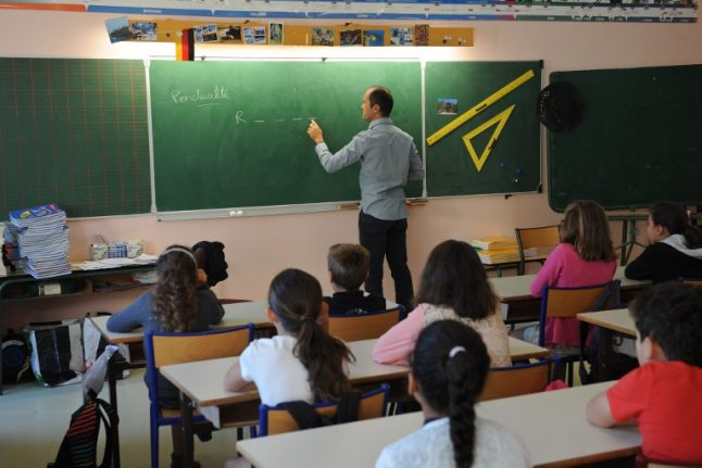 Teacher in France suspended for reading Bible to pupils in class