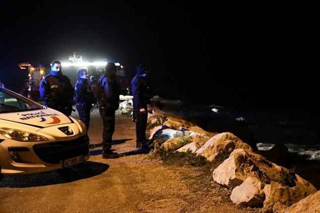 Two girls swept out to sea in Marseille