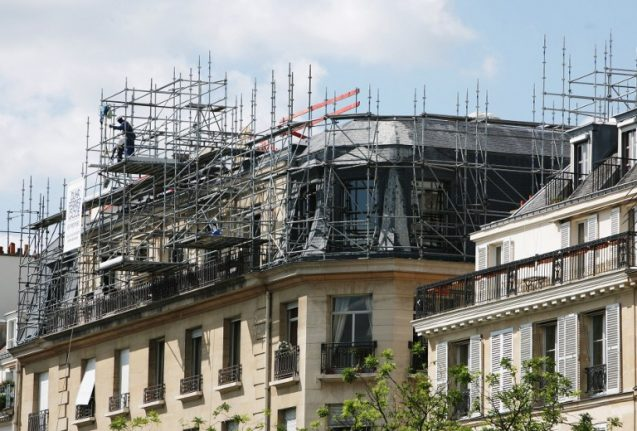 Paris region orders builders to only speak French on construction sites