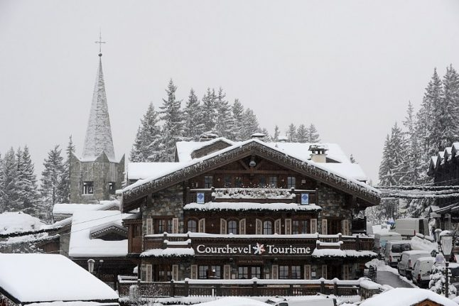 Russian billionaire robbed of fur coats in French Alps