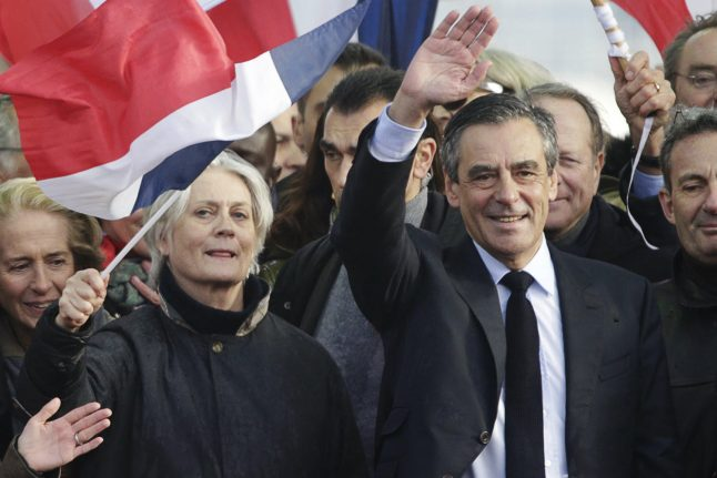 Defiant Fillon draws thousands for 'last chance' Paris rally - but is it too late?
