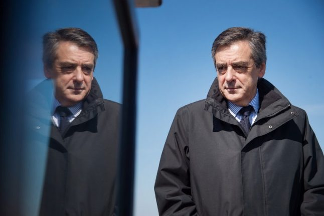 Fillon scrambles to shift focus as French election nears