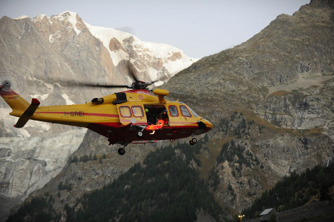 French Alps: American skier dies after fall in Mont Blanc range