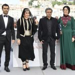 Dissident Iranian director wins top Cannes prize