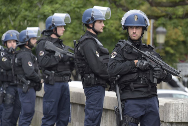 France to end state of emergency in autumn