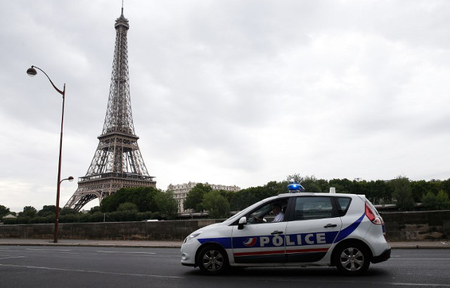 Paris police chief plans crackdown on police sirens to ease stress levels of Parisians
