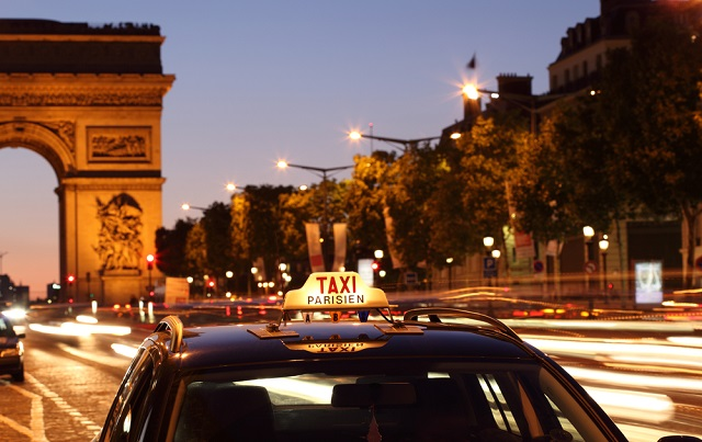 France's first women-only taxi service launches in Paris