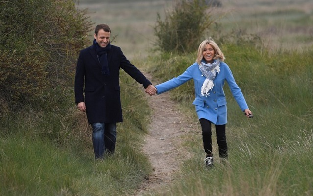 Macron lodges legal complaint against press photographer for 'harassment' on holiday