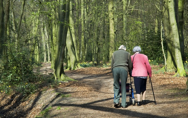 93-year-old Frenchman escapes care home... to go on a date