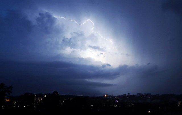 France: 19 departments on alert over storms