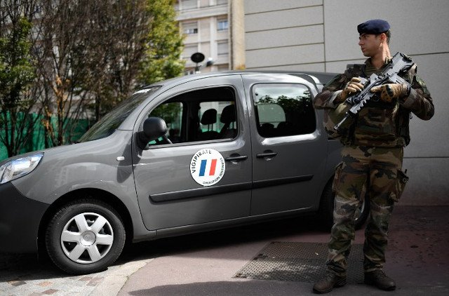 Third of known French radicals are mentally disturbed