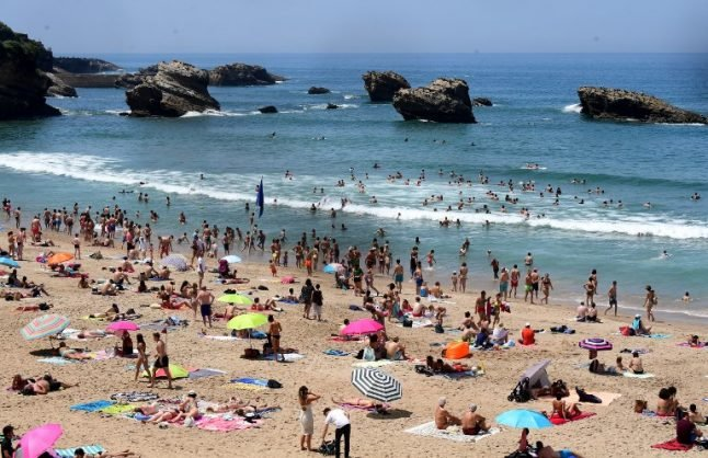 Temperatures to hit scorching 29C in France this weekend