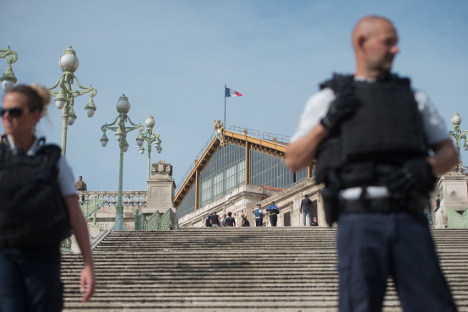 France to deport any undocumented foreigners who commit crimes