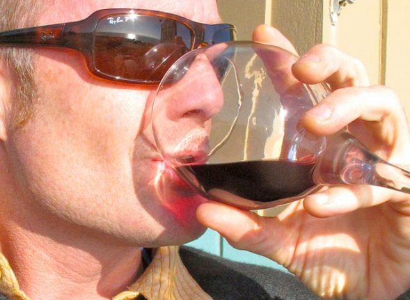 Drinking alcohol and other 'cheats' to boost your ability to speak French