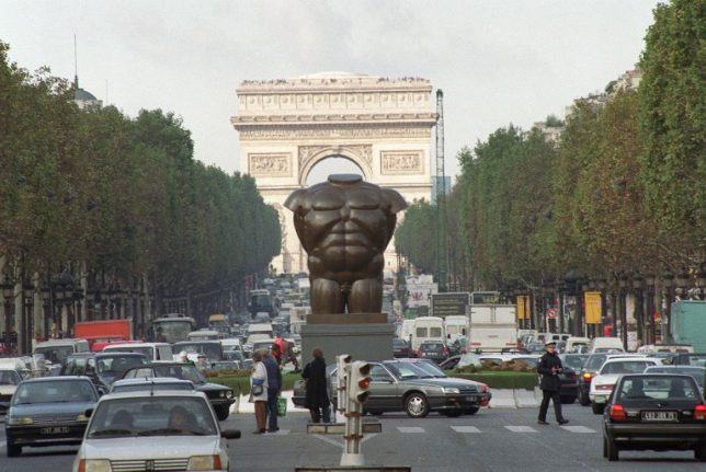 Brazen thief steals Botero statue from France's most guarded street