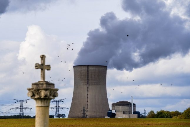 Greenpeace activists break into French nuclear plant to sound alarm on safety