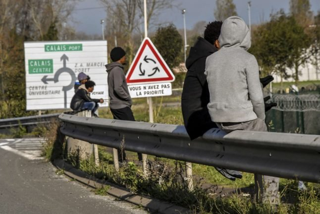 Police open fire on charging migrant car in Calais