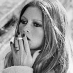 Proposal to ban smoking in French films ridiculed in France