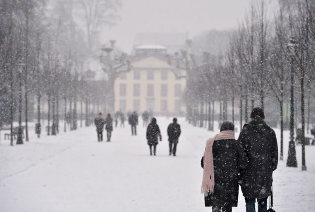 Snow forecast to hit much of France this week