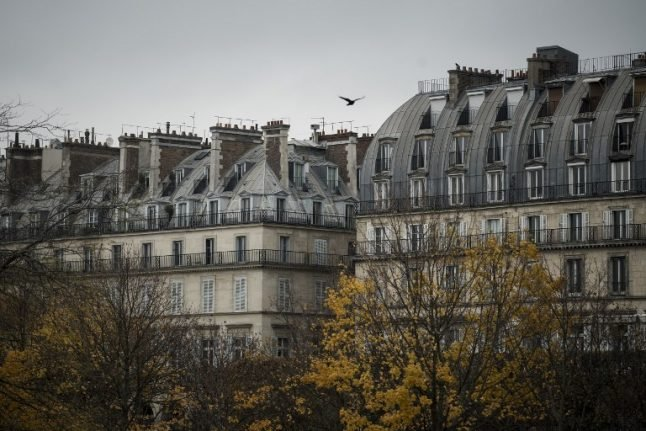Paris threatens Airbnb with court over breach of new rules
