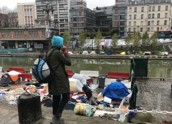 No Christmas cheer for migrants in tents on banks of Paris canal