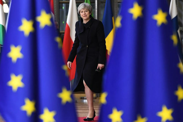 Brexit: Theresa May has a Christmas message for UK expats in Europe