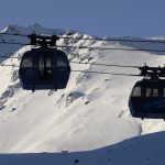 150 trapped in French Alps ski lifts