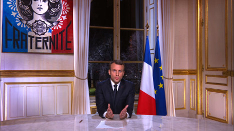 Macron vows 'French renaissance' in 2018
