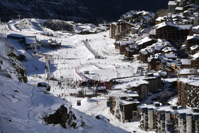 Weather alerts remain across France as avalanche threat closes Alps ski stations