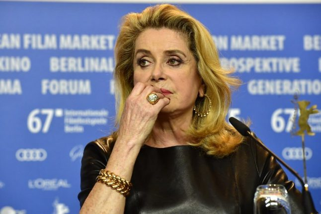 French film star Deneuve apologises to sex assault victims after bashing #MeToo campaign