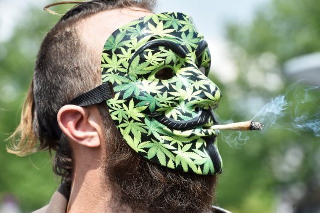 France looks set to soften its laws on smoking cannabis