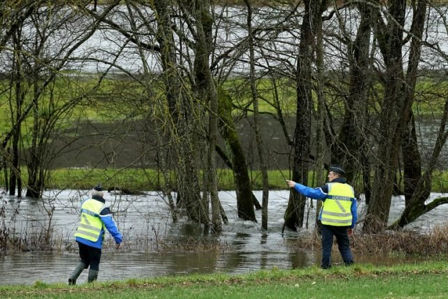 More flood alerts in France as death toll from Storm Eleanor reaches five