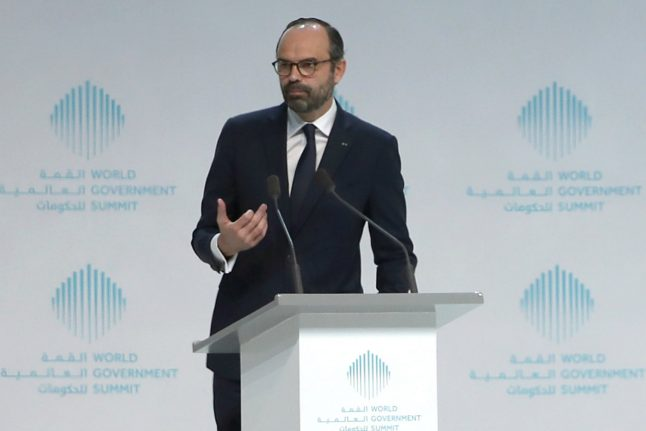 Touting 'transformation', French PM seeks investment in Dubai