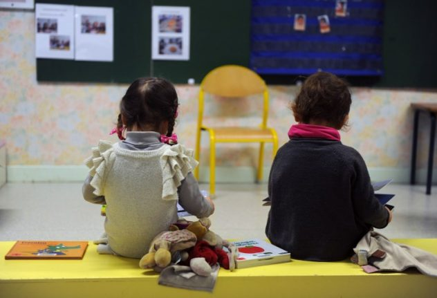 France to make school obligatory from the age of three