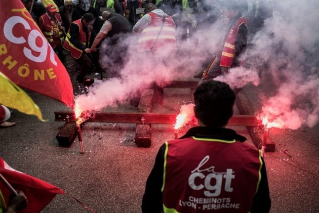 'People must understand': French unions explain why the travel chaos is justified