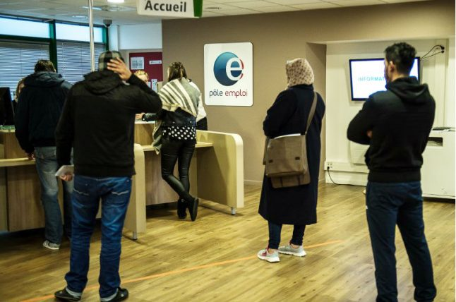 France rolls out new measures to get tough on jobseekers