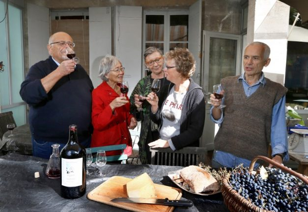 Yes, you can have both French AND expat friends in France