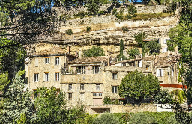 French property of the week: Stunning hillside house in Provence with spectacular views