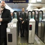 Paris to examine making public transport free for everyone