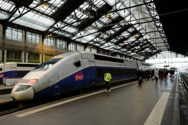 Germany's Siemens and France's Alstom couple train units
