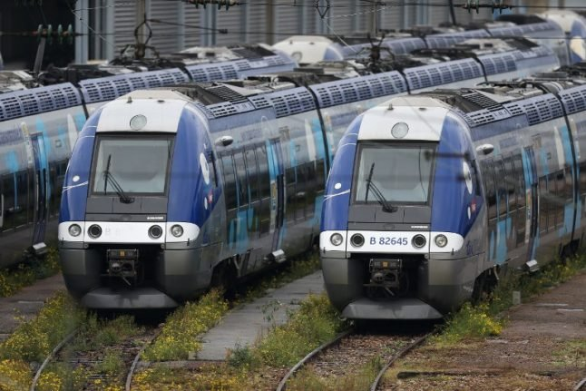 Rail services slowly resume in France...if only for a few days
